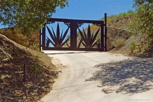 De Luz Temecula Gate